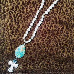 Jewelry - Mother of Pearl Beaded Necklace with Turquoise